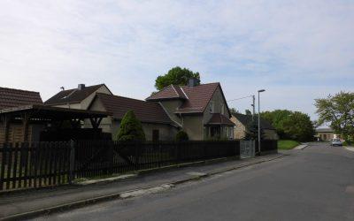 Zwei Einfamilienhäuser