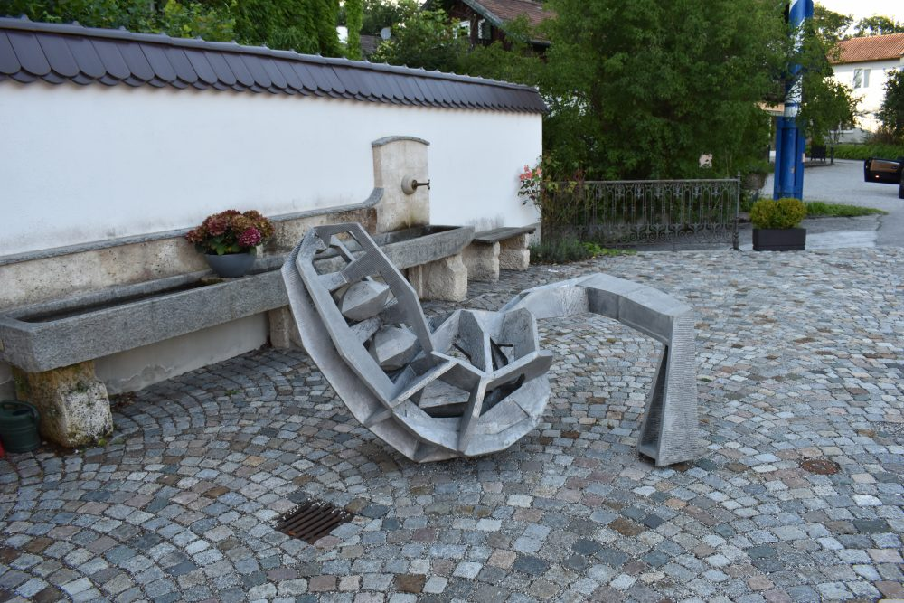 Fruchtbarkeitsstatue in Tutzingen