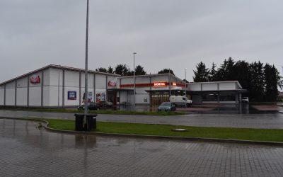 Dacheindeckung eines Einzelhandelszentrums in Groß Oesingen