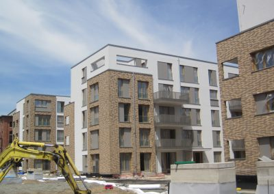Bedachung von Neubauten in einem Leipziger Kasernenkomplex